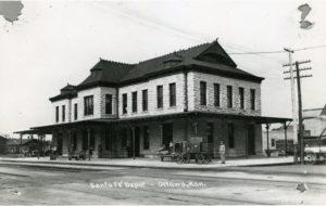 Ottawa's Santa Fe Depot, 1912.